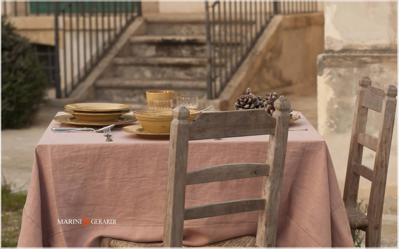 Linen dining table cover Salmon Color Barcellona