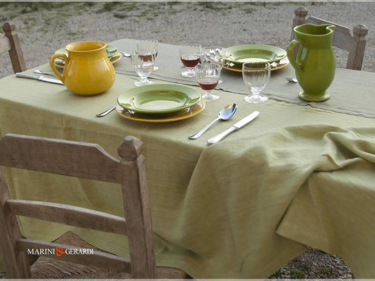Leinen-Tischdecke Pistazie Rotgrün Farbe 01