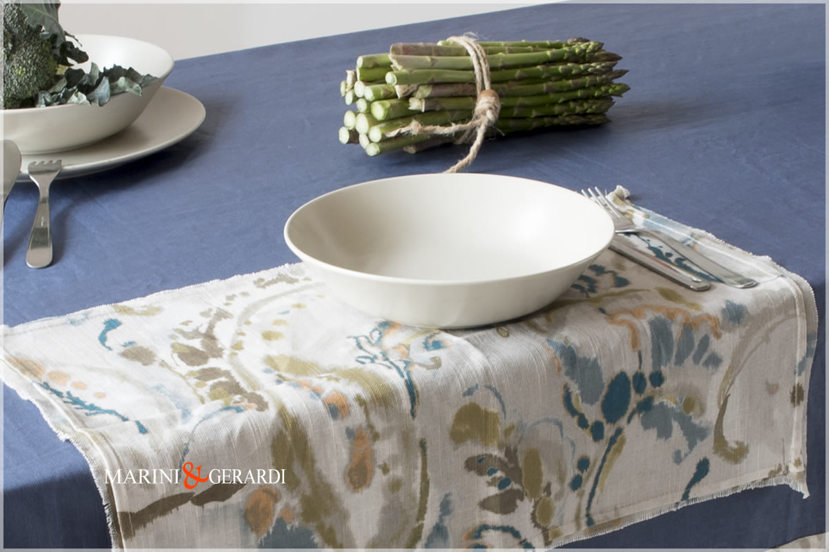 Linen Stain Resistant Tablecloth Blu And Placemats Vacanze Romane 09