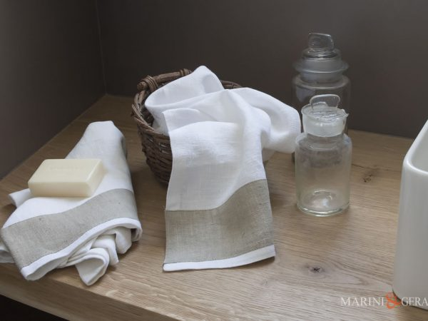 Italian Bath Linen Towel set With Applications X17 COLORS: Cream / Coffe