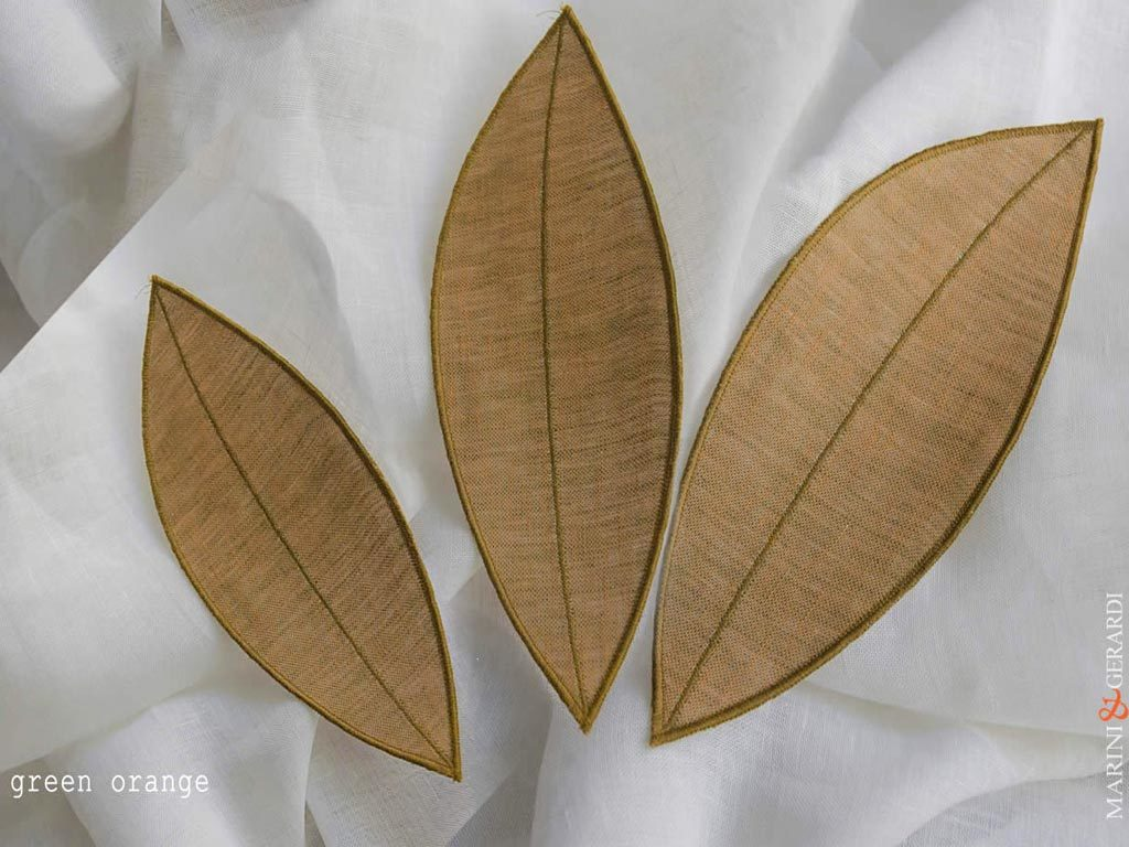 linen-curtain-panels-and-leaves-green-orange-Nociglia-F05