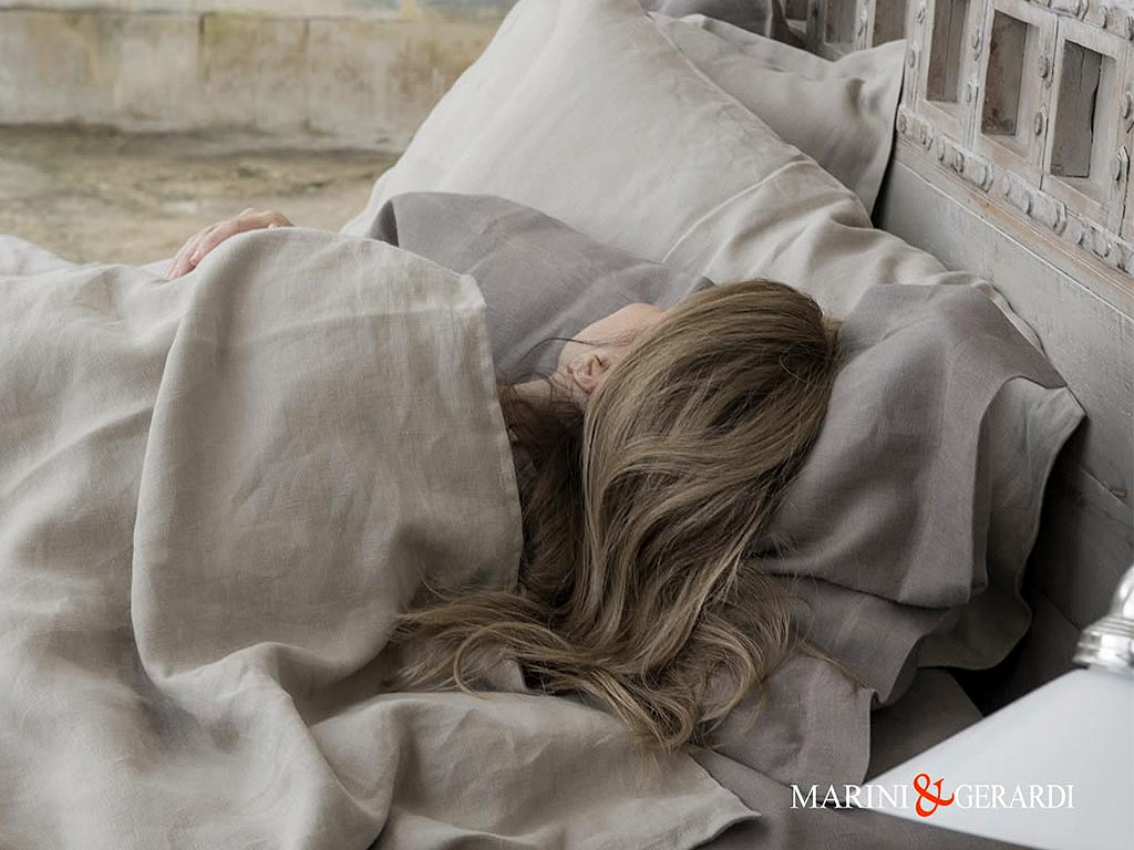 Italian Bed Linen Sheets Duvet Cover Duchess Blackened