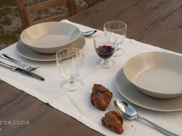 linen-placemats-white-Barcelona