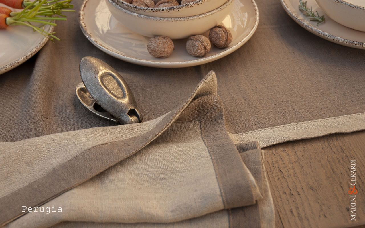 luxury-country-linen-placemates-runner-coffee-milk-Perugia