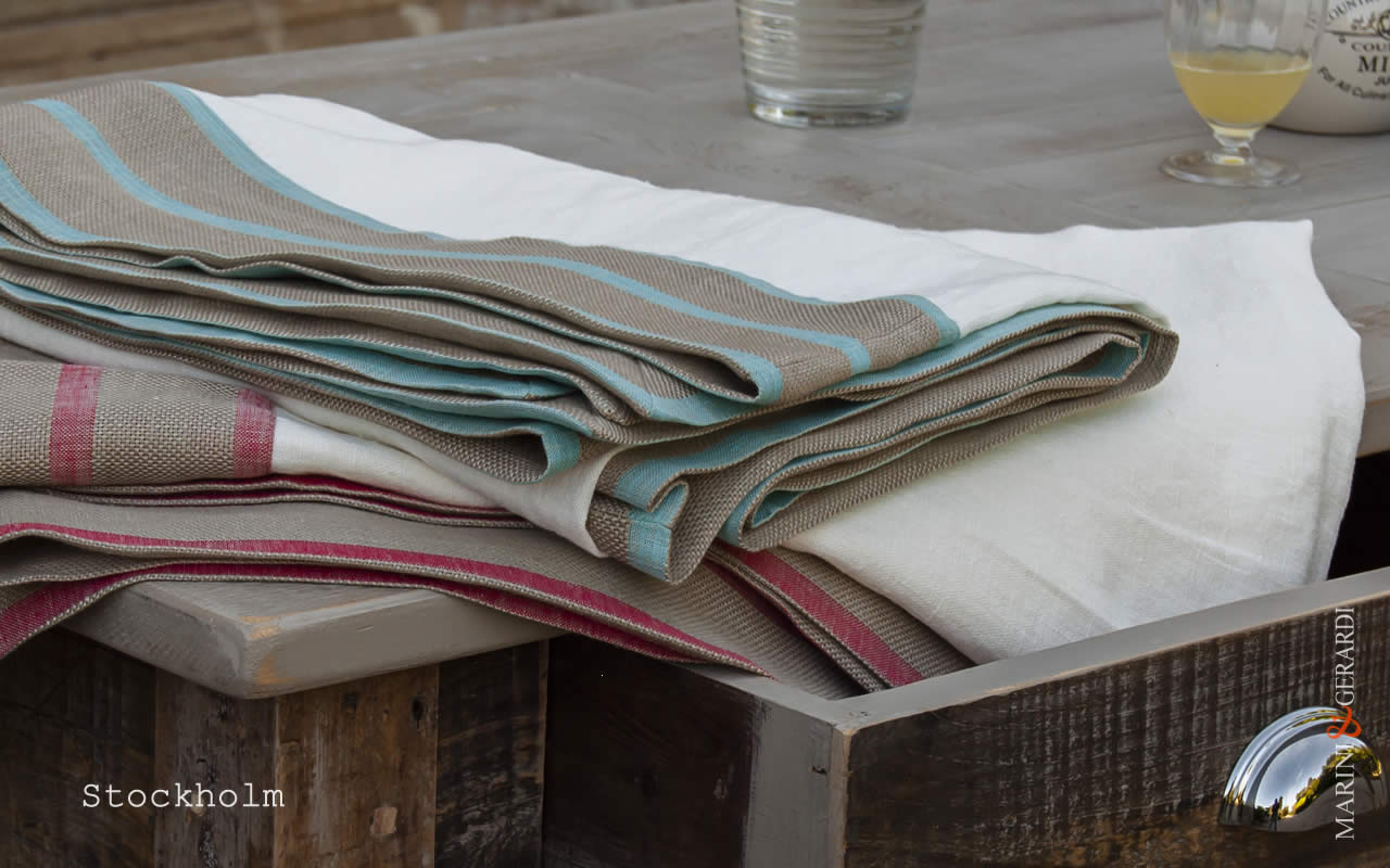 placemates-bluette-red-carot--border-table-runner-stockholm
